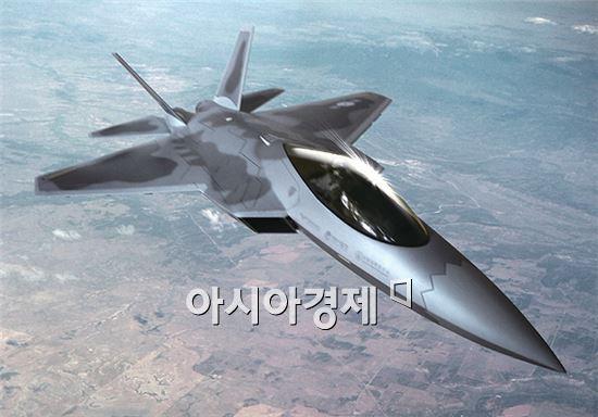 군은 체계개발에 8조6000억원, 양산 포함 약 18조원에 달하는 건군 이래 최대 무기개발사업인 KFX사업을 사업 결정 이후 14년 만에 본격적으로 추진되게 된 셈이다.