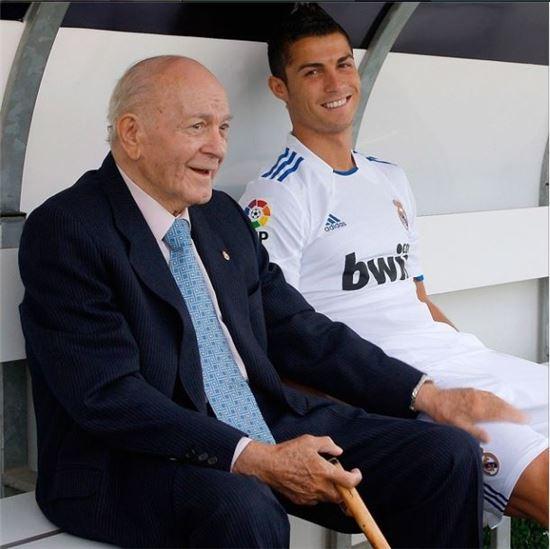 크리스티아누 호날두(28 레알 마드리드)와 '멘토' 알프레도 디 스테파노 레알 마드리드 명예회장(사진: 크리스티아누 호날두 인스타그램 제공)