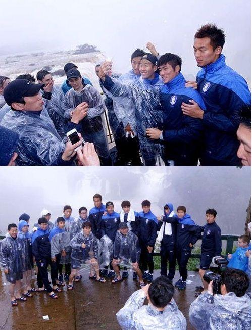 홍명보, 축구 국가대표팀 이과수 폭포 관광 거짓말 논란(사진:포스두이과수 공식 페이스북 캡처)