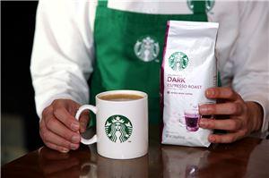스타벅스 커피 코리아가 오는 16일부터 일부 제품에 대한 가격을 최대 200원 인상한다.