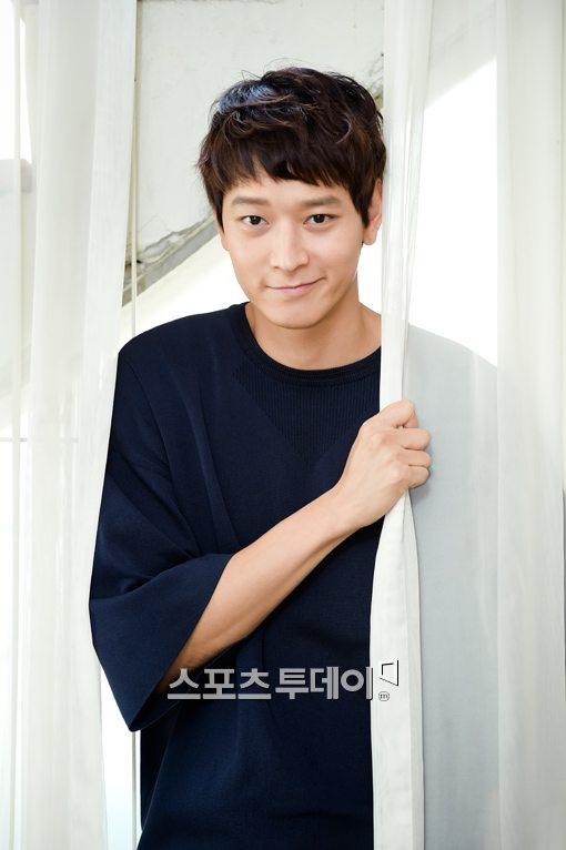 """강동원 """"주변에서 '군도' 출연 만류, 난 자신있었다""""(인터뷰)"""