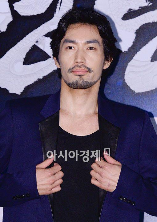 배우 오타니 료헤이가 21일 서울 왕십리CGV에서 열린 영화 '명량'(감독 김한민)의 언론시사회에 참석했다.