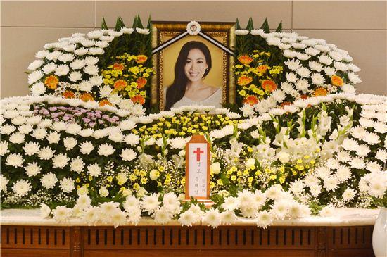 신촌 세브란스에 마련된 유채영 장례식장(사진:공동취재단)