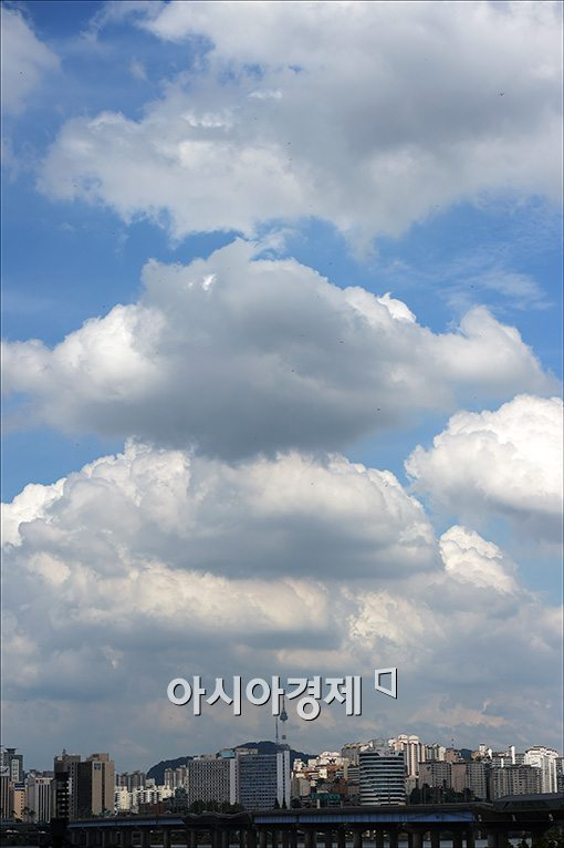 [포토]'삼층 구름'