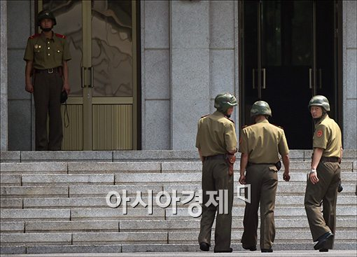 """""""지난 15년간 남한에 온 탈북 북한군인 300명 육박"""""""