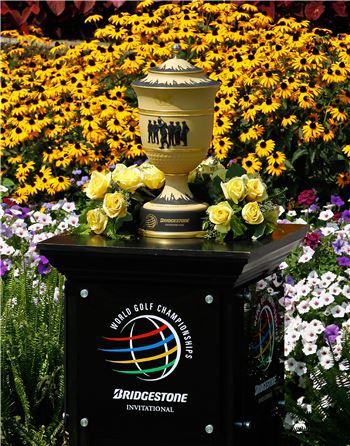 브리지스톤인비테이셔널 우승컵. 사진=Getty images/멀티비츠
