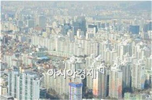 고층에서 바라본 강남 일대 아파트 단지 모습 (사진 : 백소아 기자)