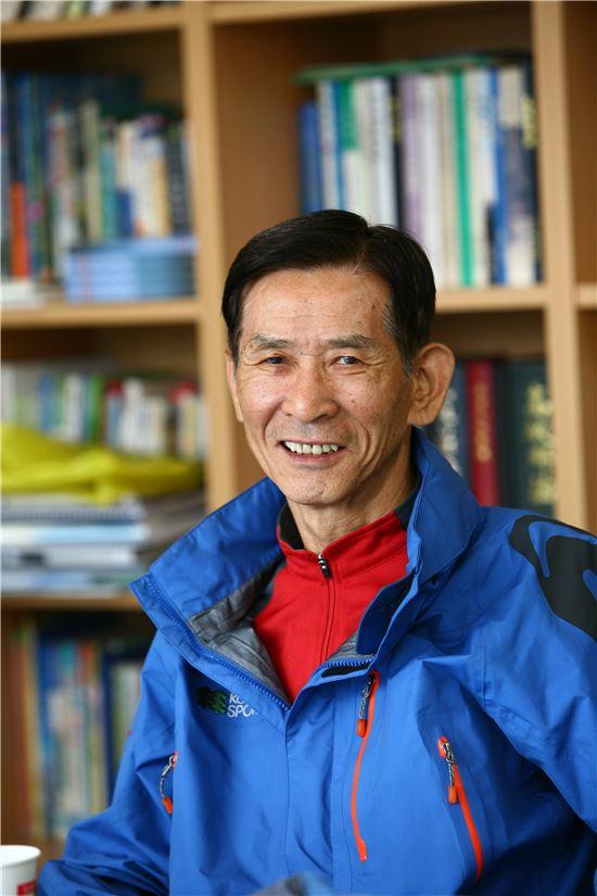 이용대 코오롱등산학교 교장