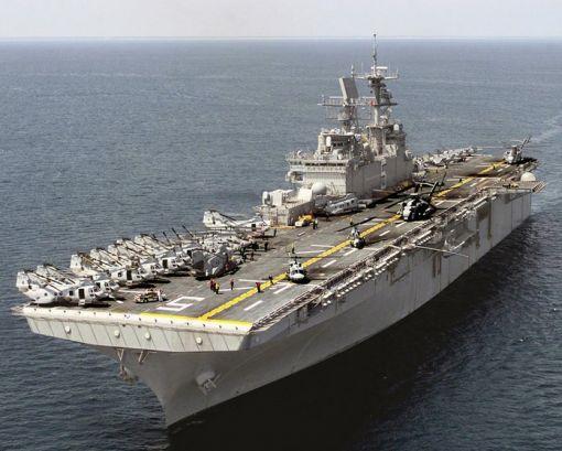 일본이 도입을 추진중인 것과 유사한 미해군의 와스프급 강습상륙함