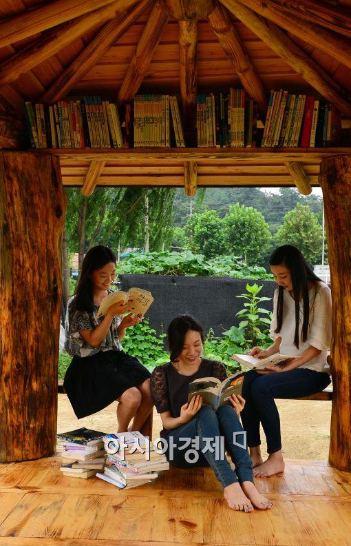 [포토]'원두막에서 휴식'