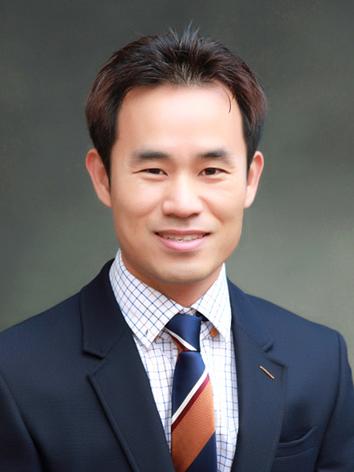 '물음표 혁명'의 저자 김재진 씨