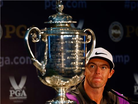 로리 매킬로이가 PGA챔피언십 우승 직후 인터뷰를 하고 있다. 루이스빌(美 켄터키주)=사진=Getty images/멀티비츠