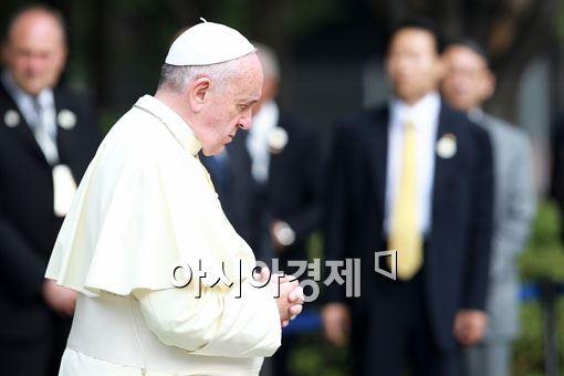 연일 '세월호 위로' 행보를 이어가고 있는 프란치스코 교황