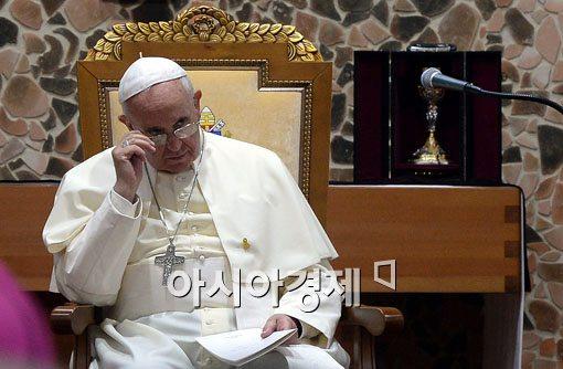 [포토]아시아 주교들 만난 프란치스코 교황