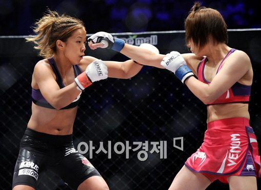 [포토]'미녀 파이터' 송가연,'내겐 두려움은 없어!'