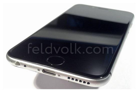 펠드앤볼크사가 제공한 조립된 아이폰6 사진