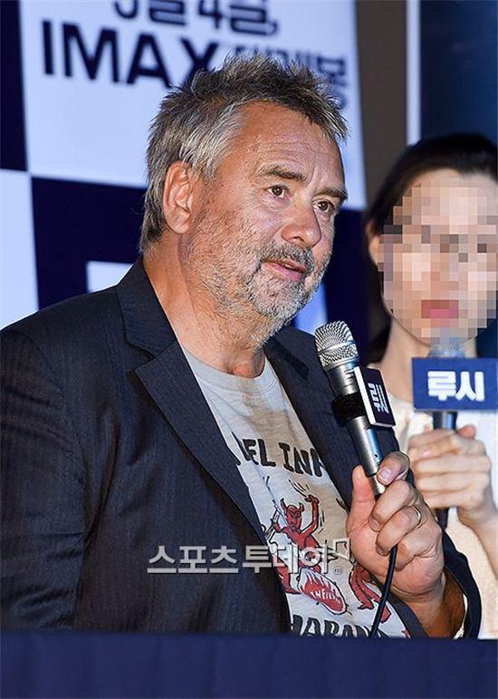 """'루시' 뤽 베송 감독 """"최민식, 출연 거절했다면 죽였을 것"""" 폭소"""