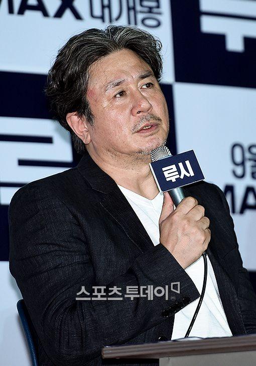 """'루시' 최민식 """"김한민 감독, 새벽에 문자‥기쁘지만 부담된다더라"""""""