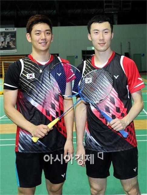 남자 배드민턴대표팀 이용대(왼쪽)와 유연성[사진=김현민 기자]