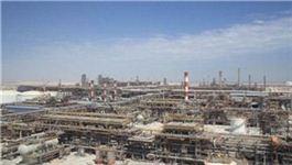 현재 아랍에미리트연합(UAE)에 건설 중인 정유공장 /