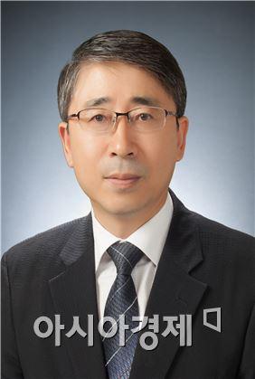 한려대학교 진영재 교수