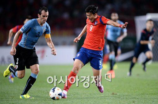 [포토]손흥민,'이 공은 내가 가져갈게'