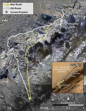 ▲큐리오시티의 그동안 탐험경로(하얀색)와 앞으로 탐험할 새로운 길(노란색).[사진제공=NASA]