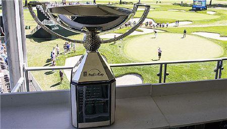 1000만 달러(103억6000만원)의 천문학적인 우승 보너스가 걸린 페덱스컵. 사진=PGA투어닷컴