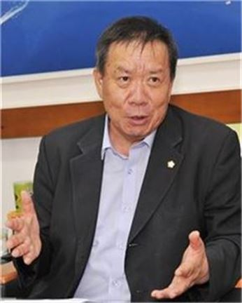 <박정채 여수시의회 의장>