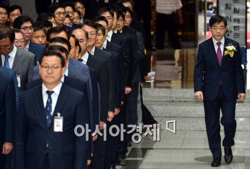 [포토]취임식에 참석하는 권순일 대법관
