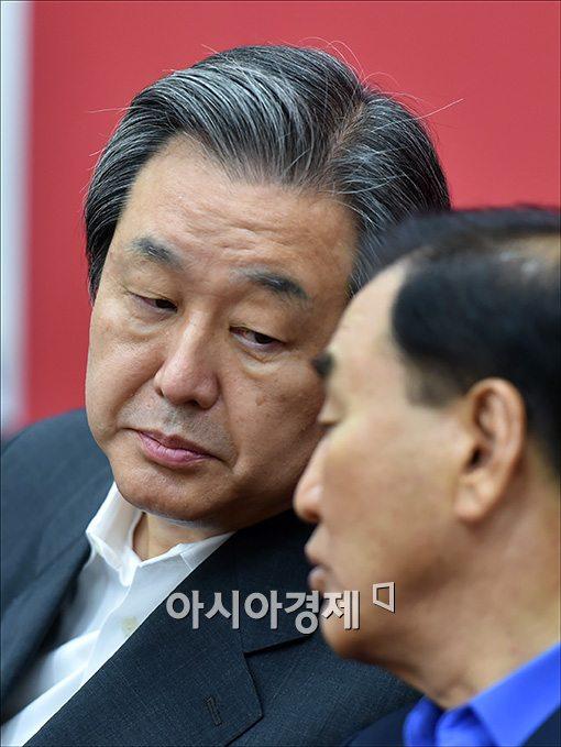 당청관계 재정립하겠다던 김무성, 靑에서 쩔쩔맨 이유는?