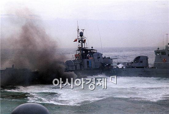 북한 경비정 1척이 19일 낮 서해 백령도 인근 북방한계선(NLL)을 침범했다.