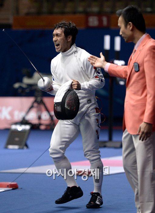 [포토]역전 성공한 박경두,'그래! 바로 이거야!'
