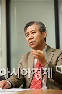 강창희 트러스톤 연금교육포럼 대표