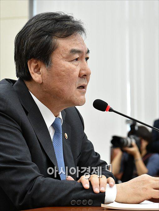 [포토]답변하는 신제윤 금융위원장