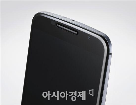 넥서스6 상단부