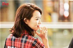 위메프의 모델인 배우 신민아.