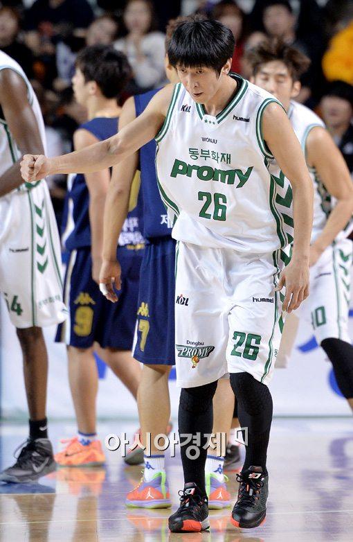 [포토]박지현,'3점 넣고 주먹 불끈'