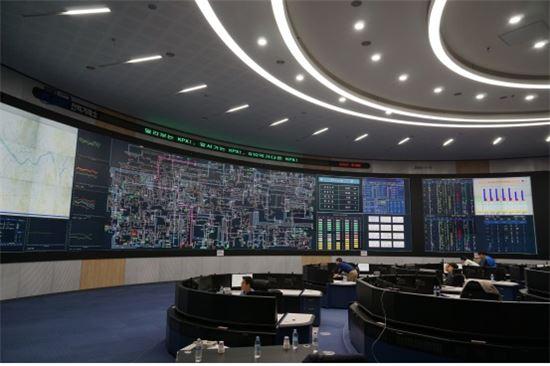 ▲전력거래소에 차세대 EMS가 구축돼 전력계통을 움직이고 있다.[사진제공=미래부]