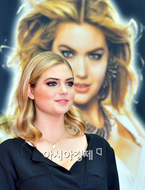 [포토]케이트 업튼, 섹시한 눈빛으로