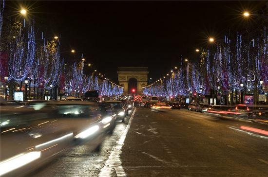 프랑스 파리 샹젤리제 거리. 사진=블룸버그