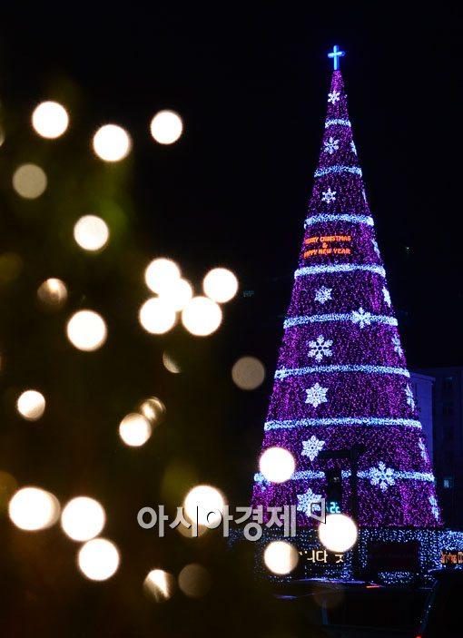 [포토]서울광장 대형 성탄트리