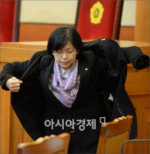 [포토]재판성 나서는 이정희 대표