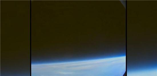 ▲극한의 순간이 지나간 뒤 '우주비행사의 눈'에 고요한 지구가 다시 들어온다.[사진제공=NASA]