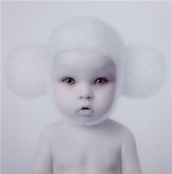 올렉 도우의 작품, Cheburashak, C-프린트