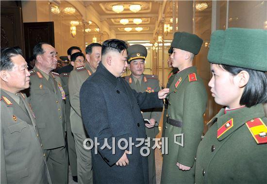북한은 2012년 8월 김정은 국방위원회 제1위원장의 지시 이후 전략사이버사령부를 창설했으며 사이버전 수행과 관련한 인력은 5900여명에 달하는 것으로 알려졌다.