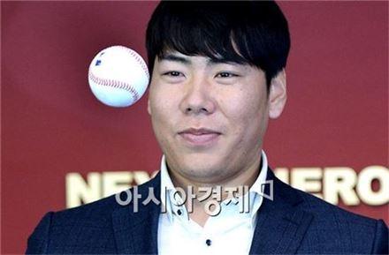 [포토]강정호, '메이저리그가 눈앞에'