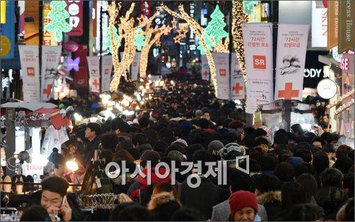 [포토]크리스마스 불 밝힌 명동 거리