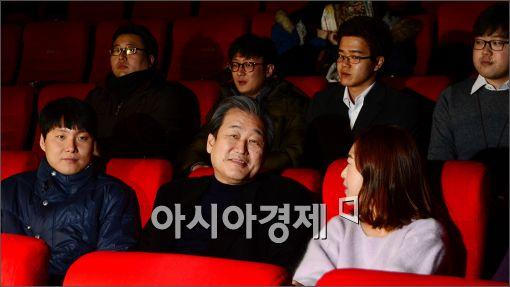 [포토]영화관 찾은 김무성 대표