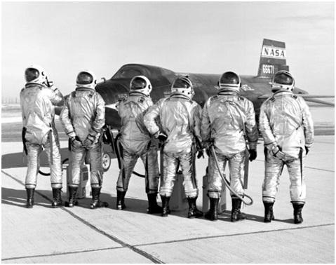 나사(NASA)-초음속 실험용 비행기 X15의 승무원들